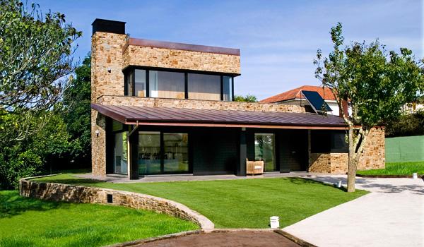 Casas modernas de madera y piedra images - Casas de piedra y madera ...