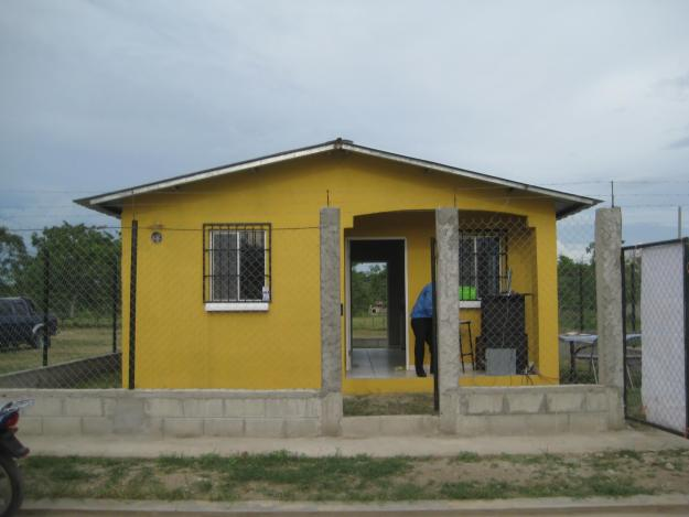 Casas econ micas for Fachadas de casas bonitas y economicas