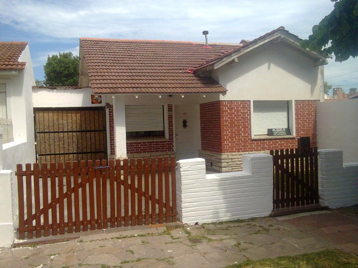 Casas en alquiler for Alquiler casa en umbrete sevilla