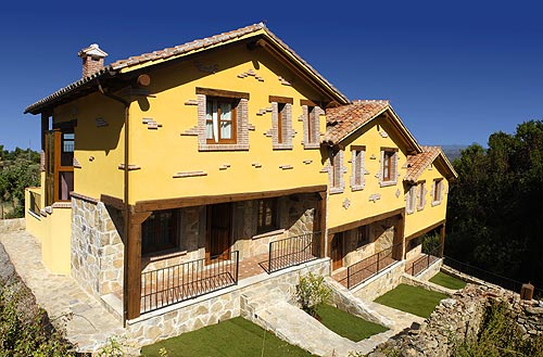 Planos y fachadas casas rurales en extremadura for Planos de casas rurales