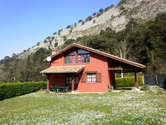 Casas rurales for Casas de hormigon asturias