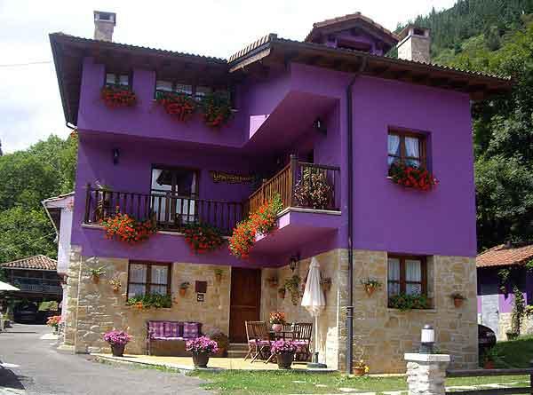 Colores para fachadas moradas