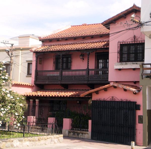 Fachadas casas de 2 pisos