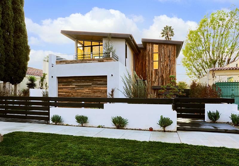 Fachadas casas dos plantas