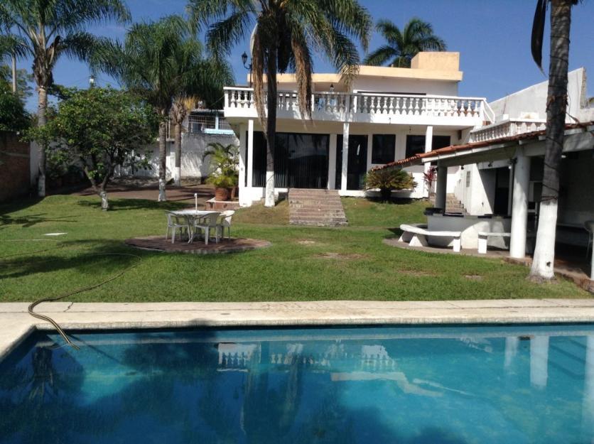 Renta de casas en cuernavaca for Alquiler casa sevilla una semana