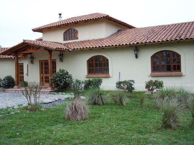 Fachadas de casas coloniales for Casas imagenes fachadas
